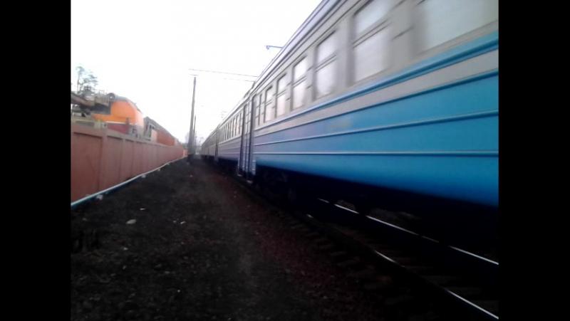 Отправление електропоезда на Сортировку