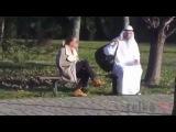 Прикол дня. Араб и сумка. И смех и грех.
