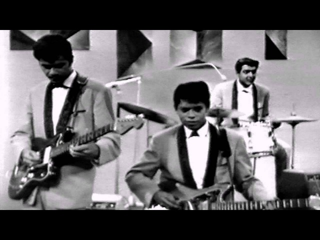 Crazy Rockers - The Third Man (great oldies rock n roll music video) Indo Rock