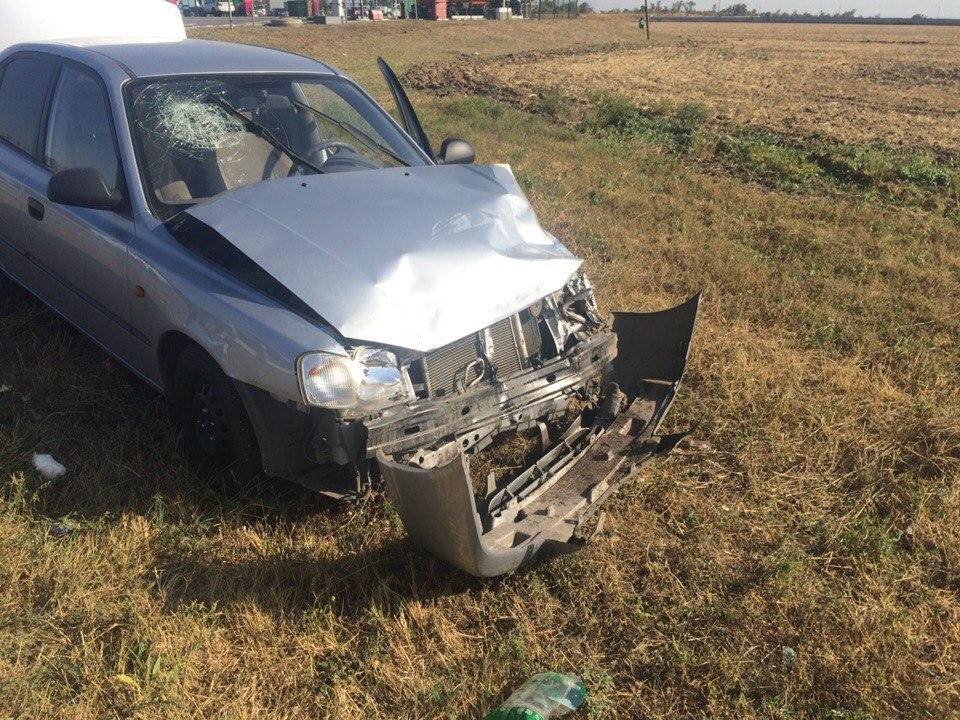 На трассе «Ростов-Таганрог» столкнулись Hyundai Accent и «ВАЗ-2107»
