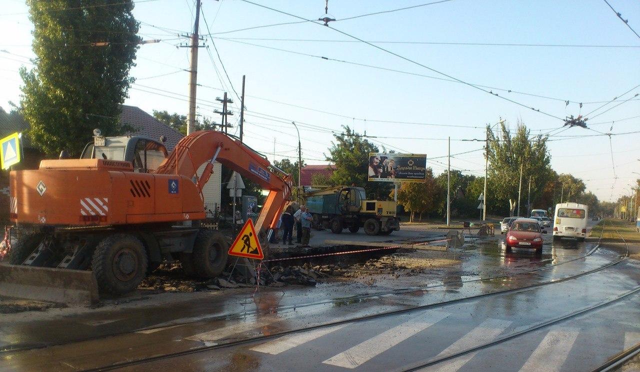 В Таганроге на несколько дней перекроют участок дороги для любого транспорта на улице Дзержинского