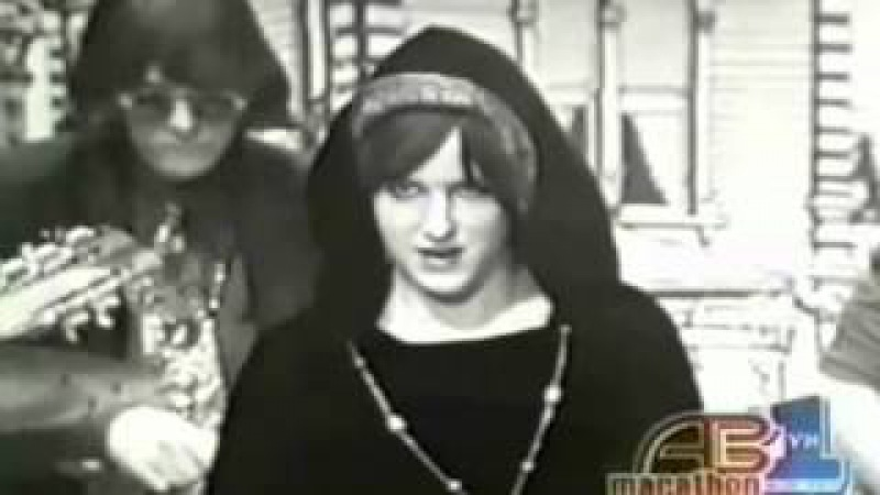 Jefferson Airplane White Rabbit and Somebody To Love American Bandstand 1967