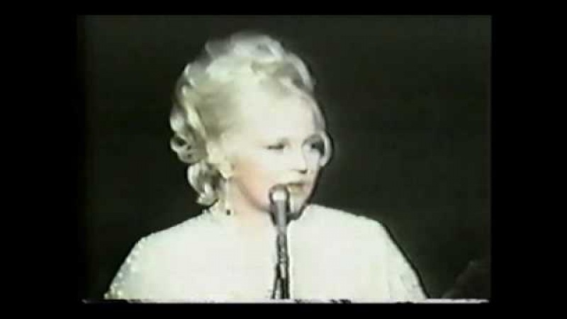 Peggy Lee -- Is That All There Is? 1969