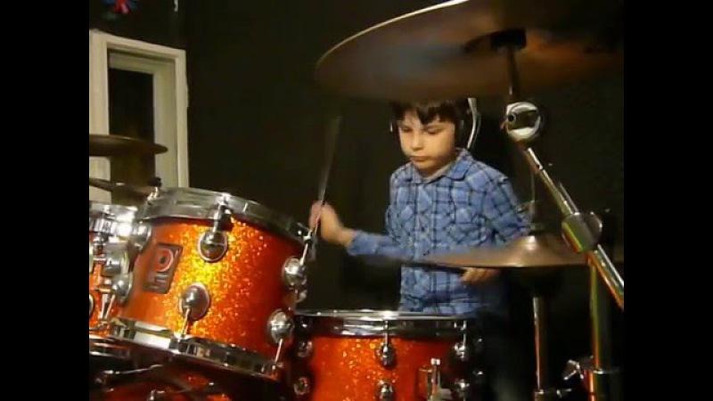 ALEX Perkusista 8 lat 8yo drummer AMBERIAN DAWN Court of Mirrors drum cover