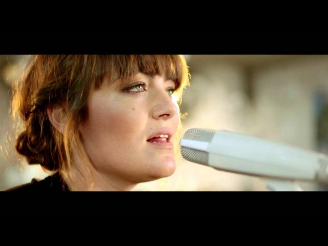 Angus Julia Stone - A Heartbreak (Live Acoustic)
