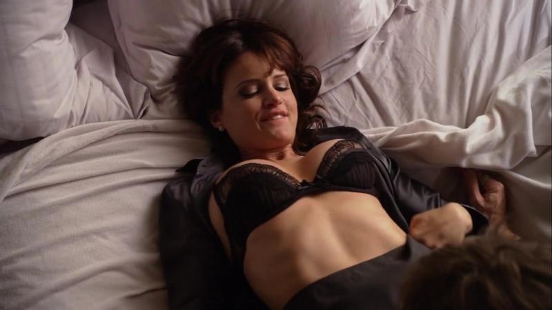 постельная сцена с карлой гуджино