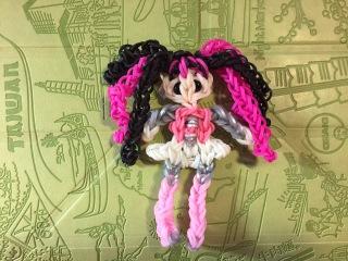 Дракулаура (Monster high) из Rainbow Loom