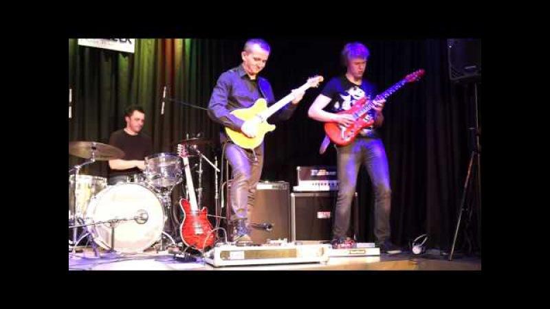 Jacek Królik, his band Królik Jakub Żytecki, Kielce 13.02.2014, jam over Billy Cobham's Stratus