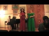 Аглая Полихрониди и Елена Рихтер поют песню