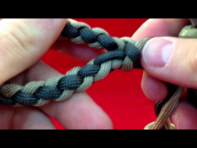 Paracordist How to Make a Four Strand Round Braid Loop - w/ 4 strands out