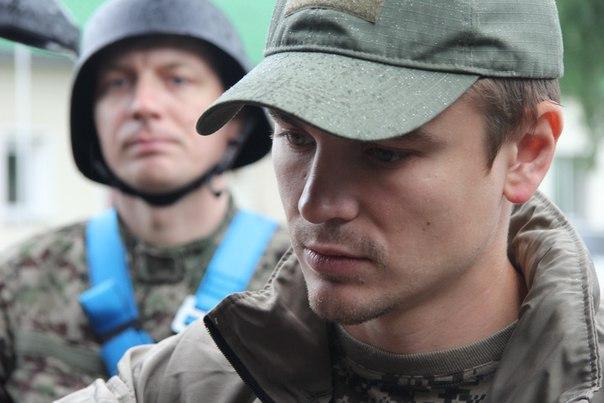 Олег Савиридов