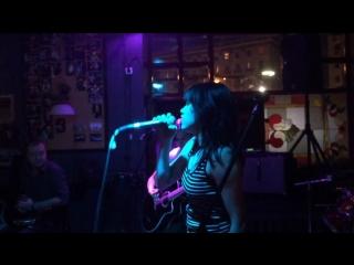 LILY WONDERS - Спелые Вишни (HARAT'S PUB 11/06/15)