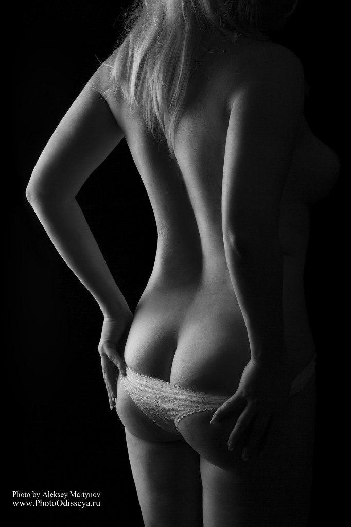 чб, оттенки серого,Арт, проект, TFP, ню, фотосессия, девушка, модель, обнаженная, голая, фотография, фотограф, Коломна, Москва, Луховицы, Воскресенск, Озеры.