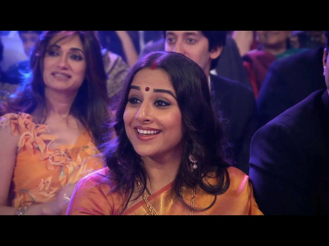 Katrina Kaif's sizzling performance at Zee Cine Awards 2013