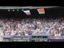 Флаг США - рухнул под гимн России!