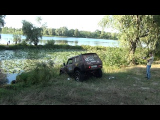 Нива жжот квадрокоптер снимает прикол 4х4 джип тюнинг грязь jeep 4x4 прикол ржач