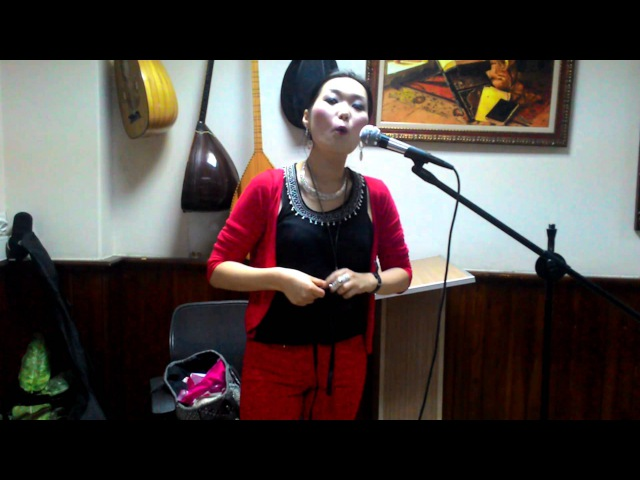 Saydyko Fedorova - şamanistik Komuz dinletisi (1080p) shamanic song