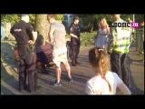 Появилось видео задержания мужчины, который приставал к школьнице на озере Поплавок