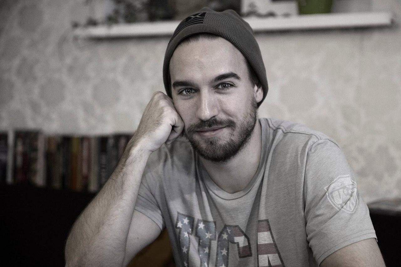 Актер Петр Романов из сериала Улица: где еще снимался