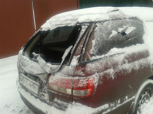 Максимальный репост!!! 17.01.16 Произошла авария возле дома 6 на улице