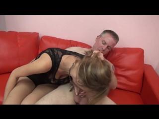 Русское порно отец учить дочь трахатся