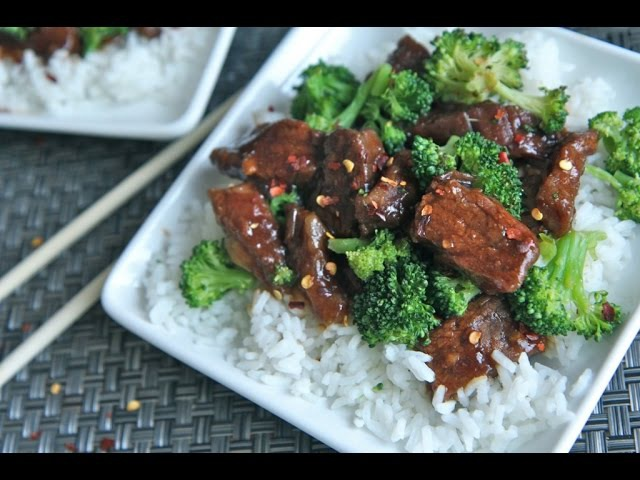 Slow Cooker Beef Broccoli Recipe (Get Your Crock Pots Ready!)