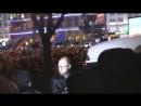 Киев 26 ноября 2013 Майдан драка с Беркутом из за якобы машины с СБУшной прослушкой