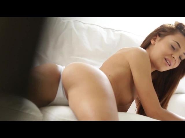 Sexy - Alexis Brill