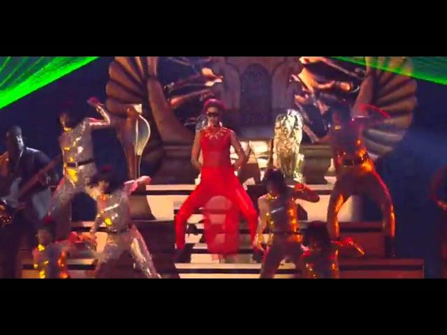 Rihanna Live Cockiness (Love It)
