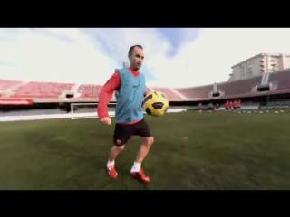 Ctr 360 maestri ii- take control andrés iniesta- nike soccer