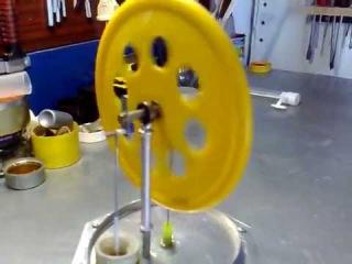 Моя первая модель двигателя Стирлинга.