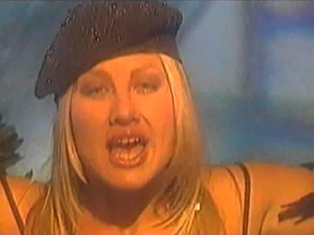 Гости из будущего - Люби меня по-французски (2002)