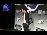 MTV VMA 2011׃ Lady Gagas backstage interview (Jo Calderone)