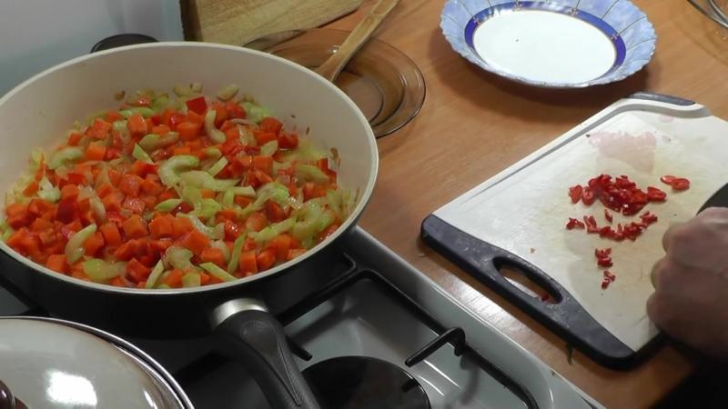 Боб чорба. Зимний суп. Просто, вкусно, недорого.
