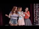 Violetta- Momento Musical- Camila, Violetta y Francesca cantan 'Código amistad'