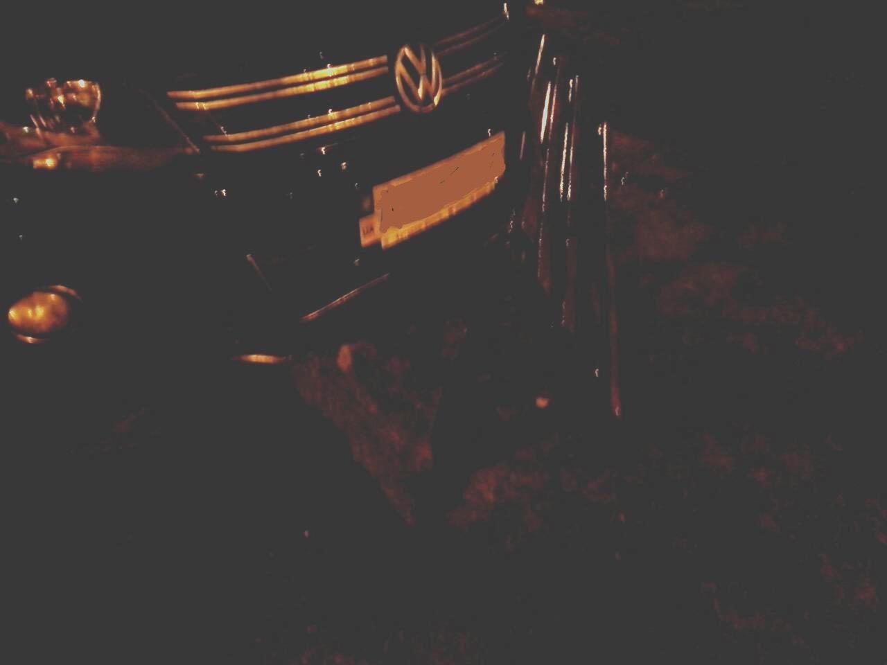 Харьковский автолюбитель удивил соседей (ФОТО)