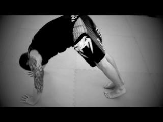 Tacfit BodyWeight Exercises - Rocca Progression