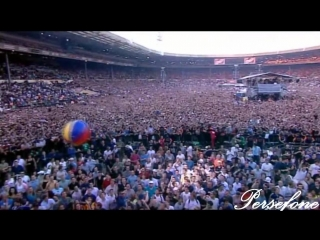 Oasis - Fuckin in the Bushes (Familiar To Millions @ Wembley)