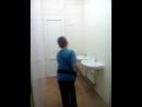 мальчик в женском туалете