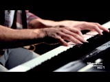 Jon McLaughlin Covers Billy Joel's 'Piano Man' LIVE