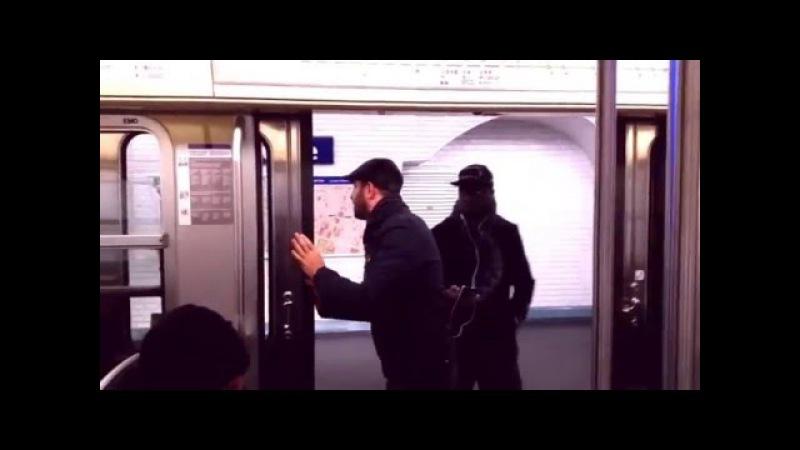 Fransa Metrosunda Muavinlik Yapan Türk Paris Metrosunu Trolleyen Adam