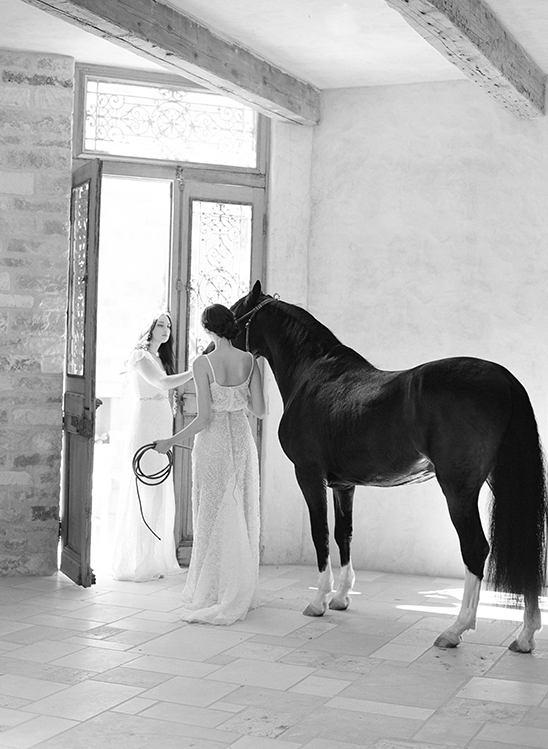 h1lQ L aLEQ - 50 Свадебных аксессуаров и подвенечных платьев 2016