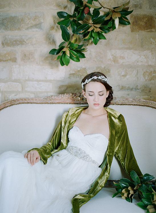 qTnmBf7WlPQ - 50 Свадебных аксессуаров и подвенечных платьев 2016