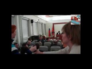 Министр Соколов сбежал не ответив на все вопросы про Платон 28.11.2015
