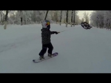 Просто ребенок из Саратова катается на сноуборде с помощью квадрокоптера
