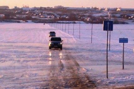 МЧС: в Якутии открыты еще две ледовые переправы