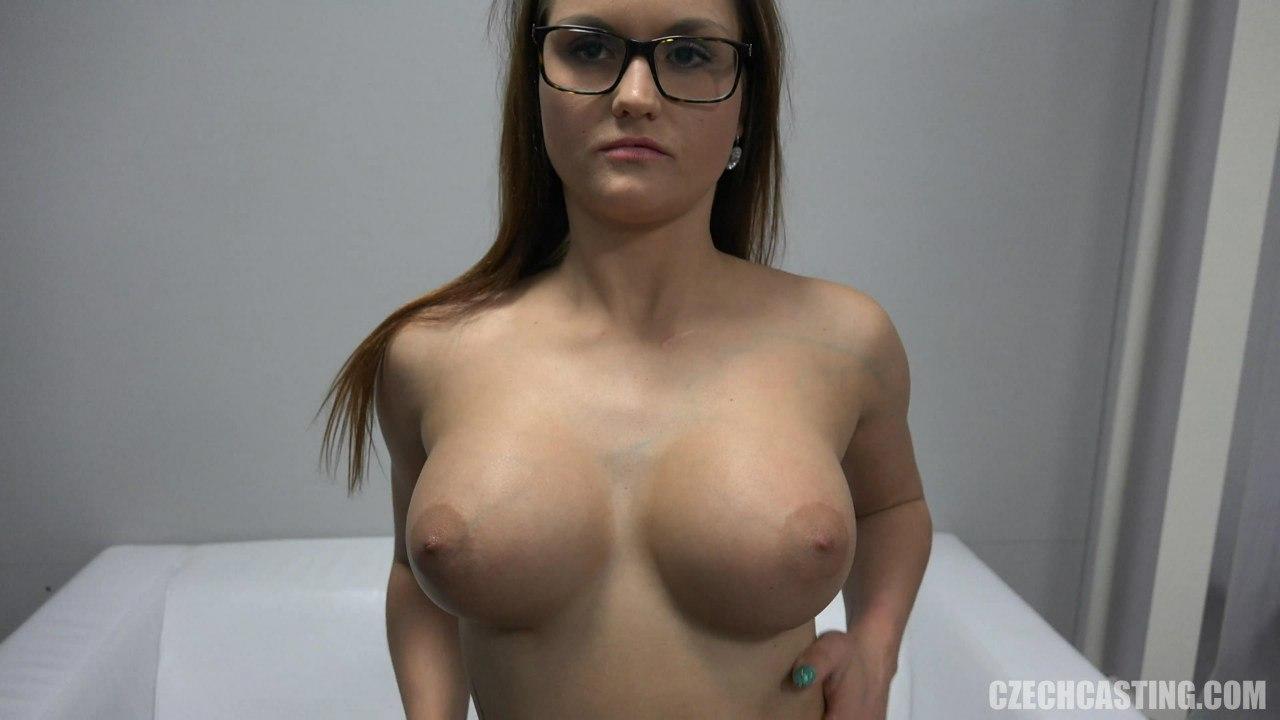 Большая красивая грудь чешской девушки