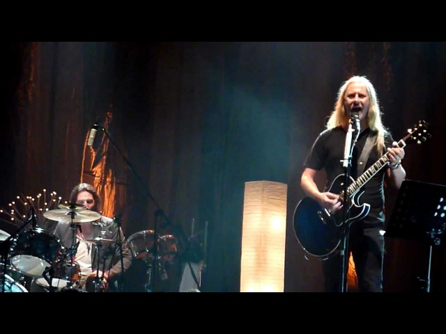 Alice in Chains - Right Turn acoustic live in Thackerville OK 08/13/2011