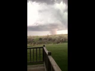 Торнадо в округе Юма в штате Колорадо, США (07.05.2016)