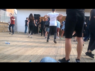 Keyser live@#dot#techno dancers